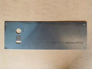 デザイン会社オリジナル看板